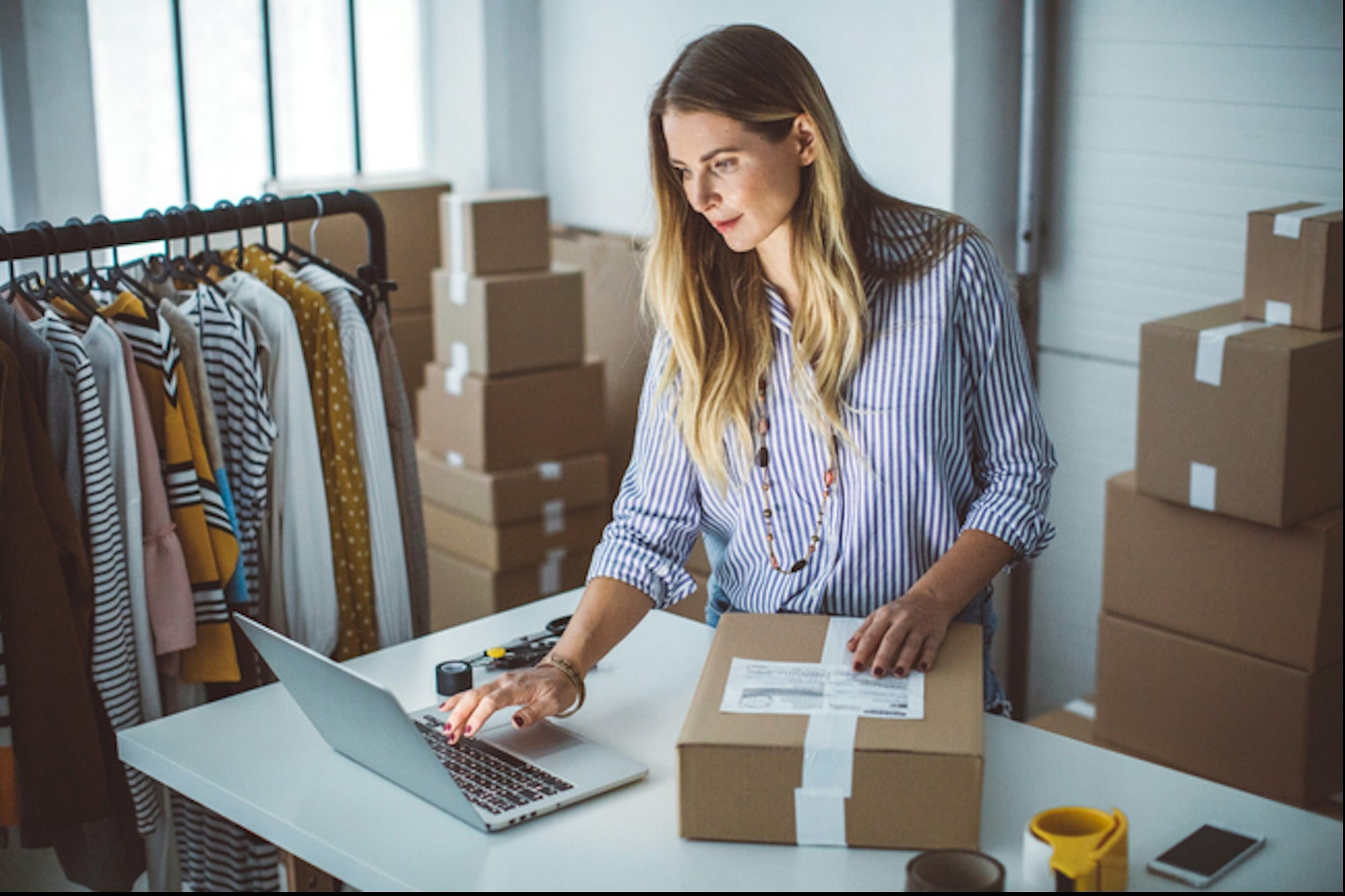 Starting an E-commerce Business? Here's How to Buy in Bulk at Great Prices.