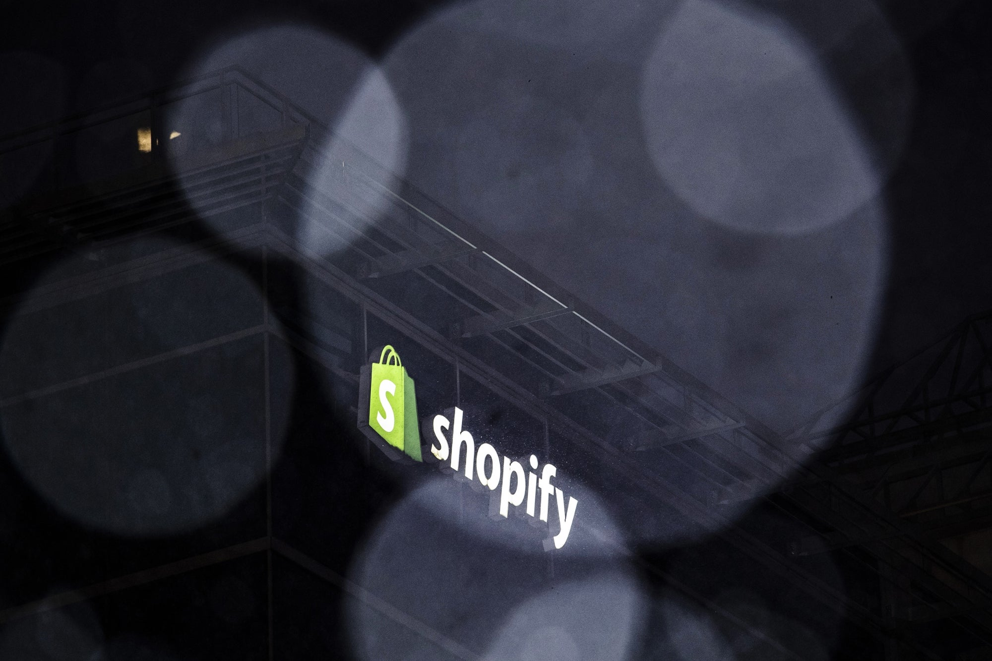 Shopify Doubled In Size in 2020. Can It Maintain the Momentum in 2021?