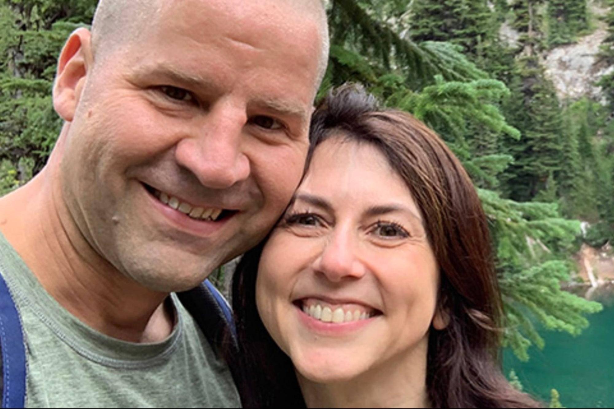 MacKenzie Scott marries a Seattle school science teacher