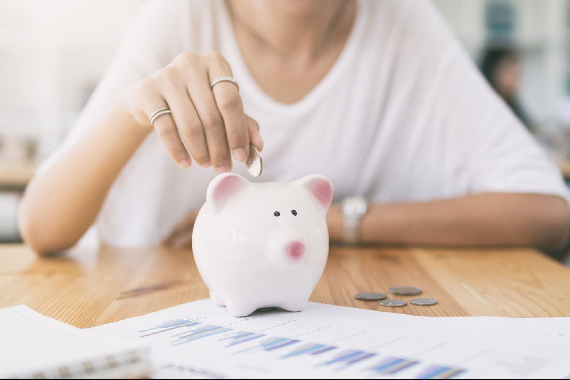10 Tips to Stay Focused on Your Financial Goals