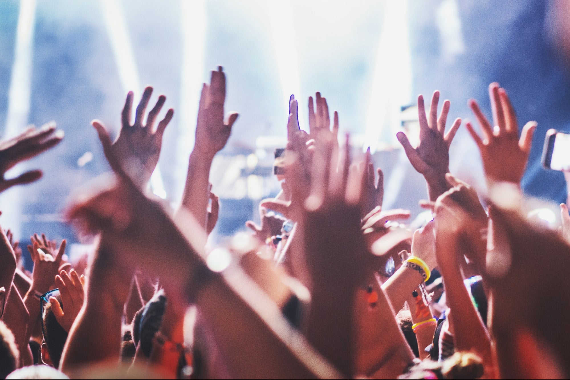 4 Steps to Building a Community of Raving Fans