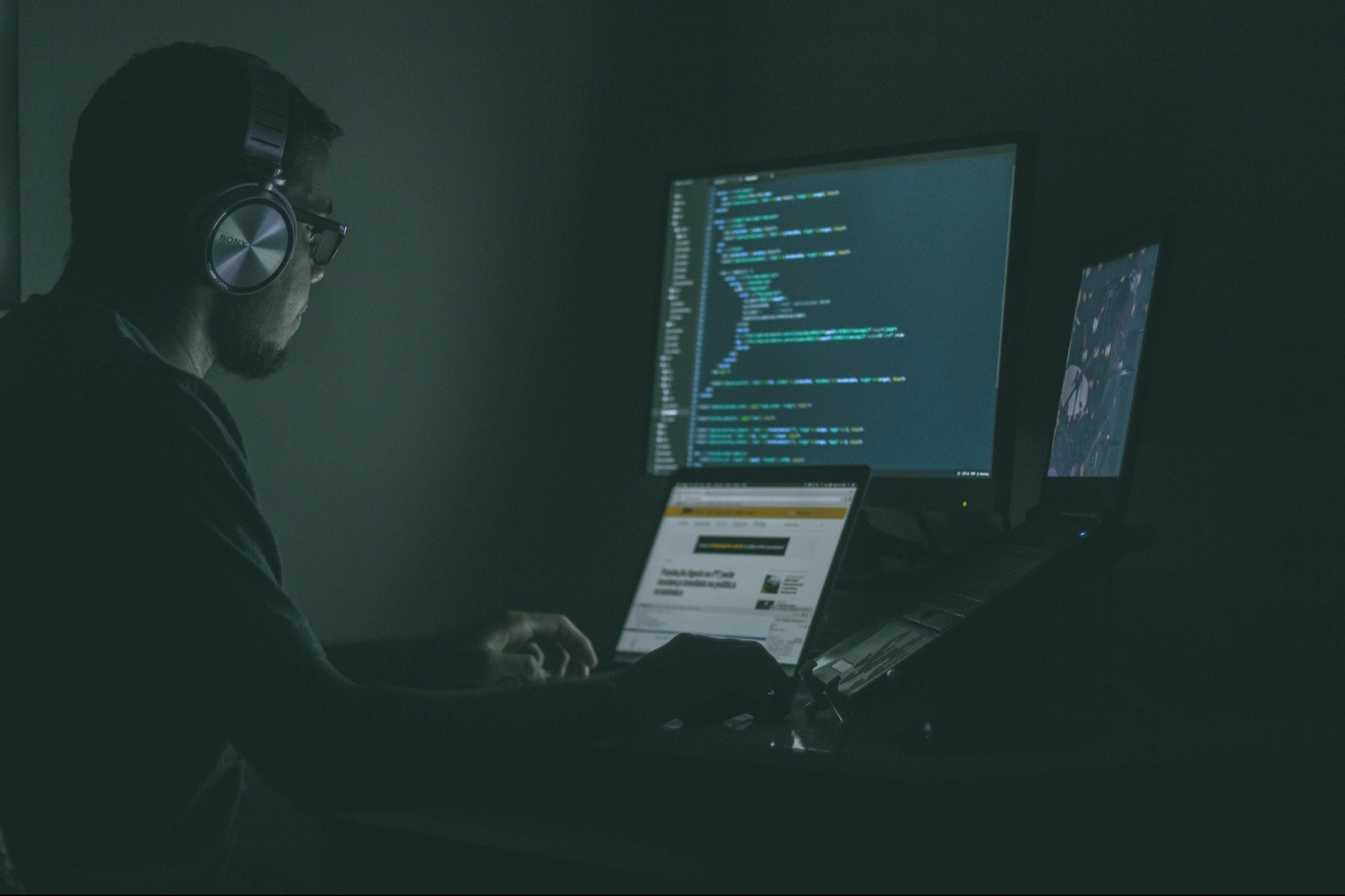Become Your Business's IT and Cybersecurity Expert