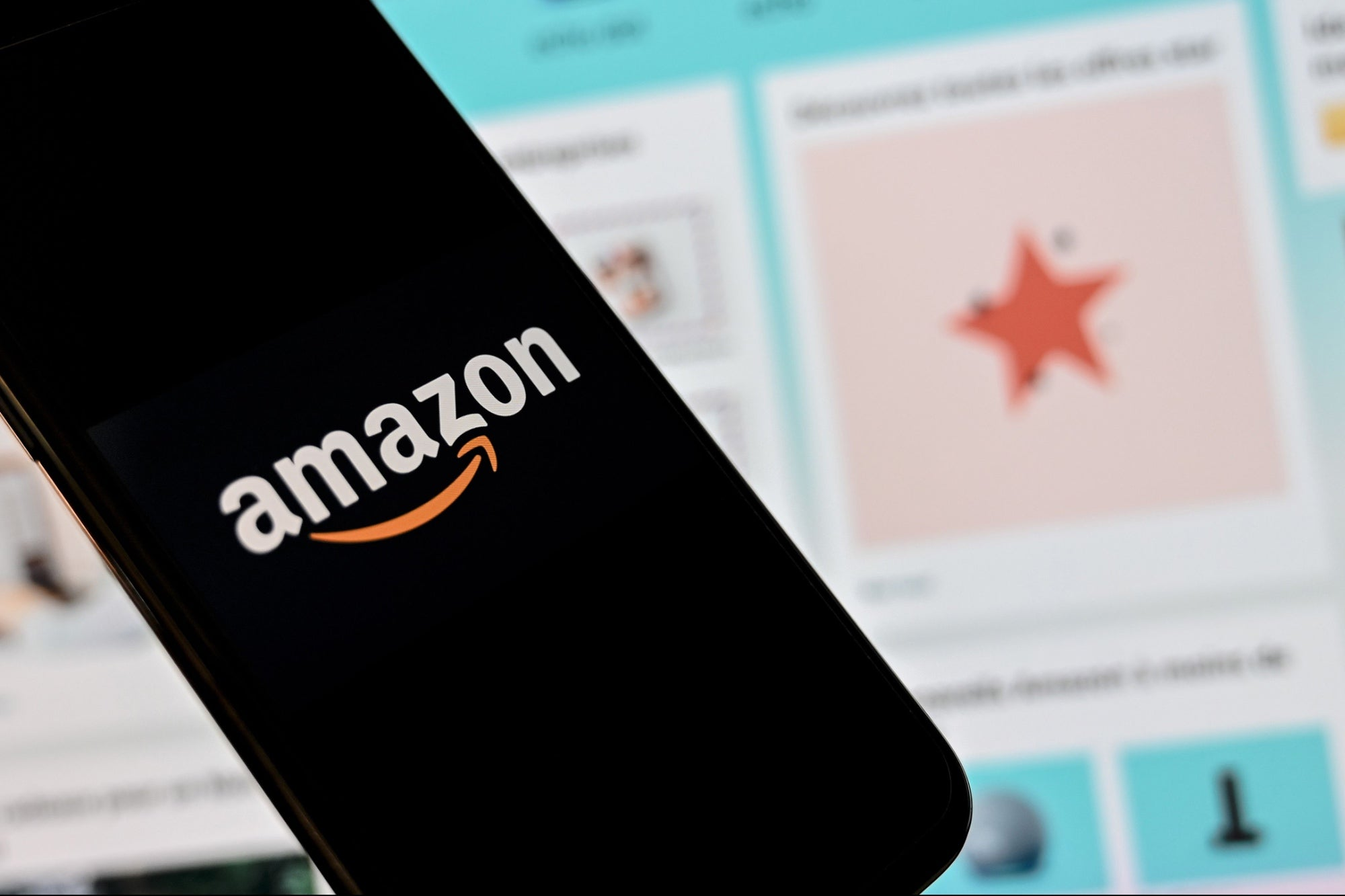 7 Things to Consider Before Becoming a Seller on Amazon
