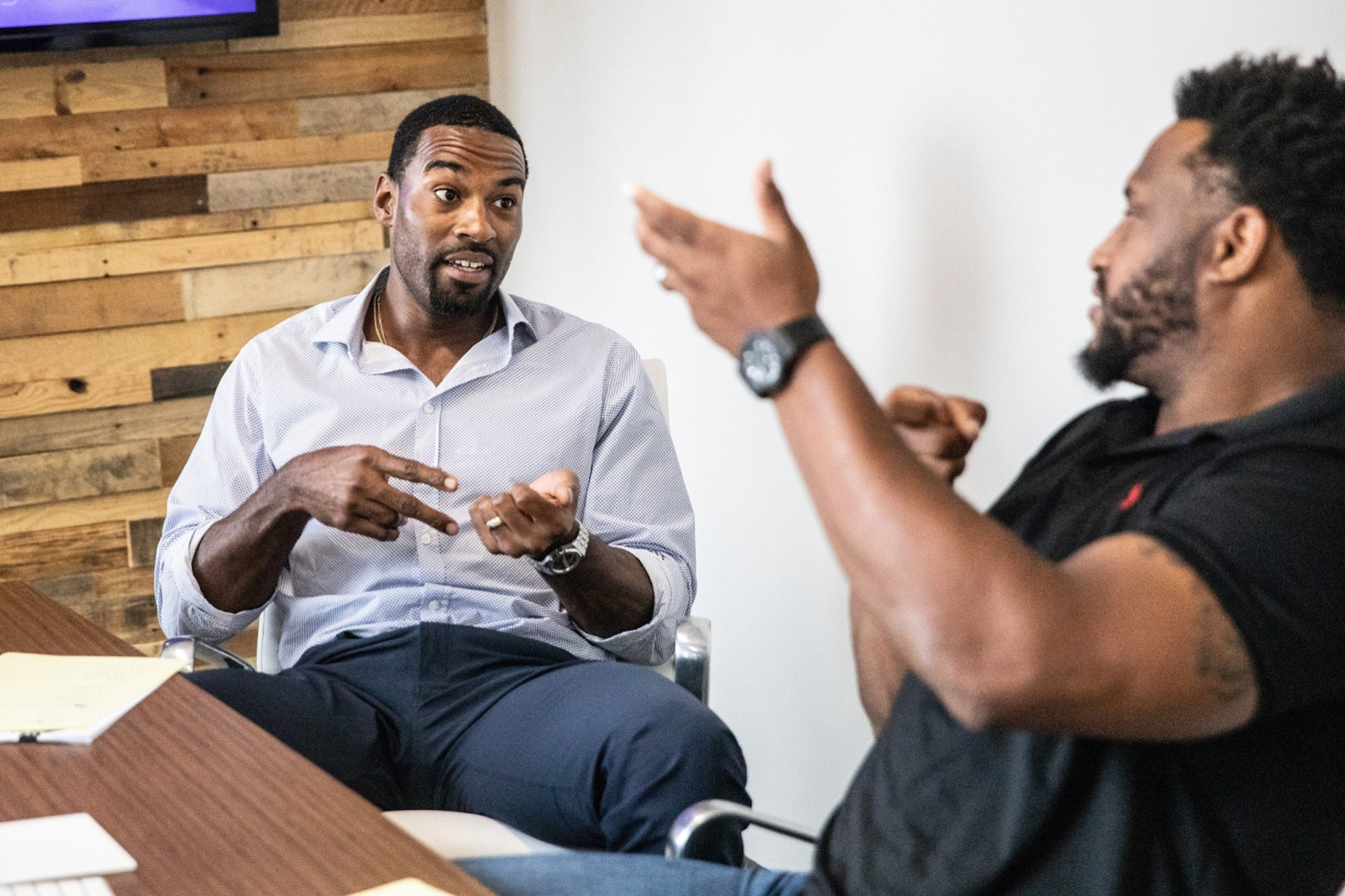 Former NFL Stars Want to Show How Cannabis Helps with Brain Injuries