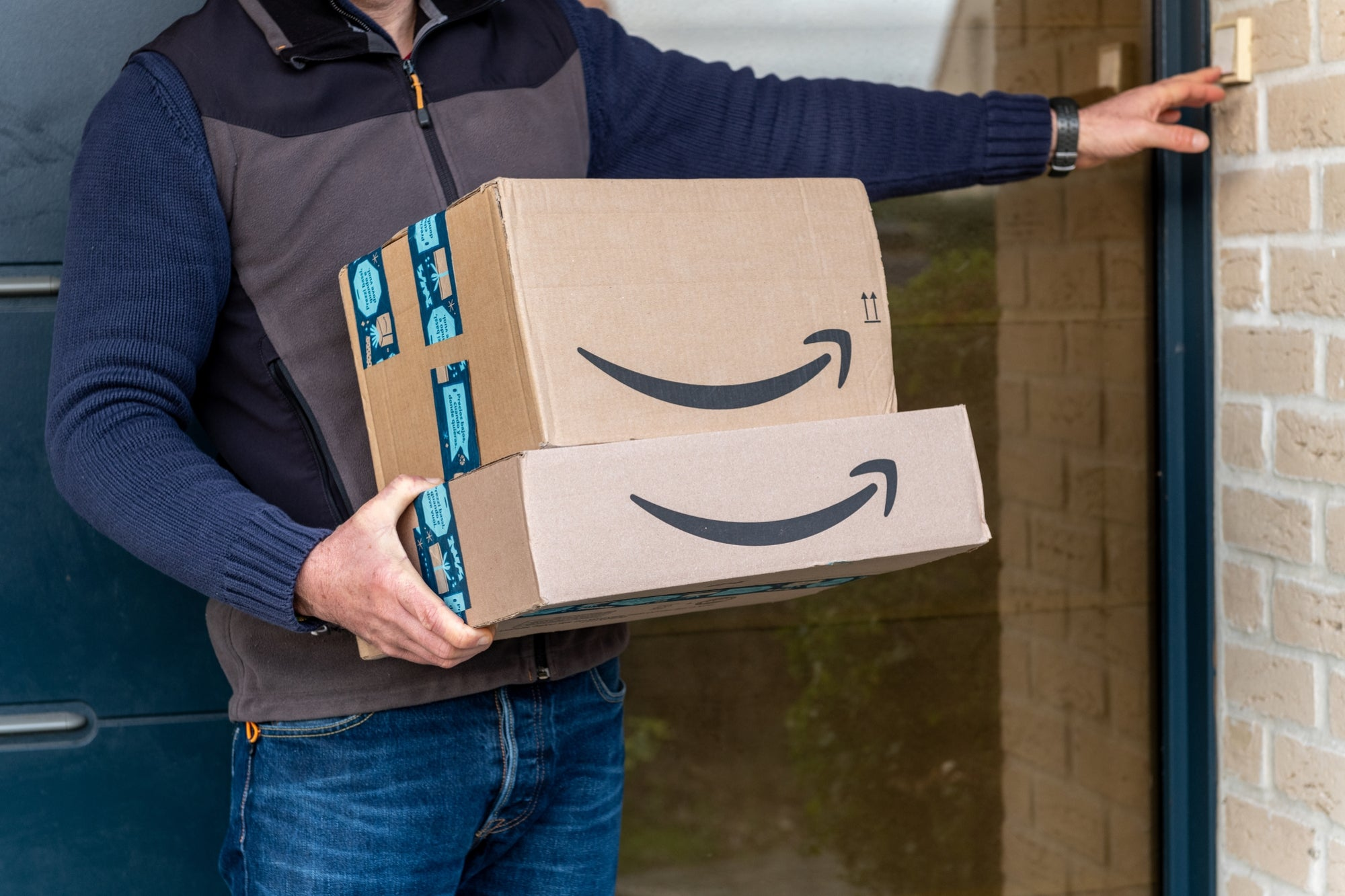 Amazon banned 600 Chinese brands on its platform and this is why