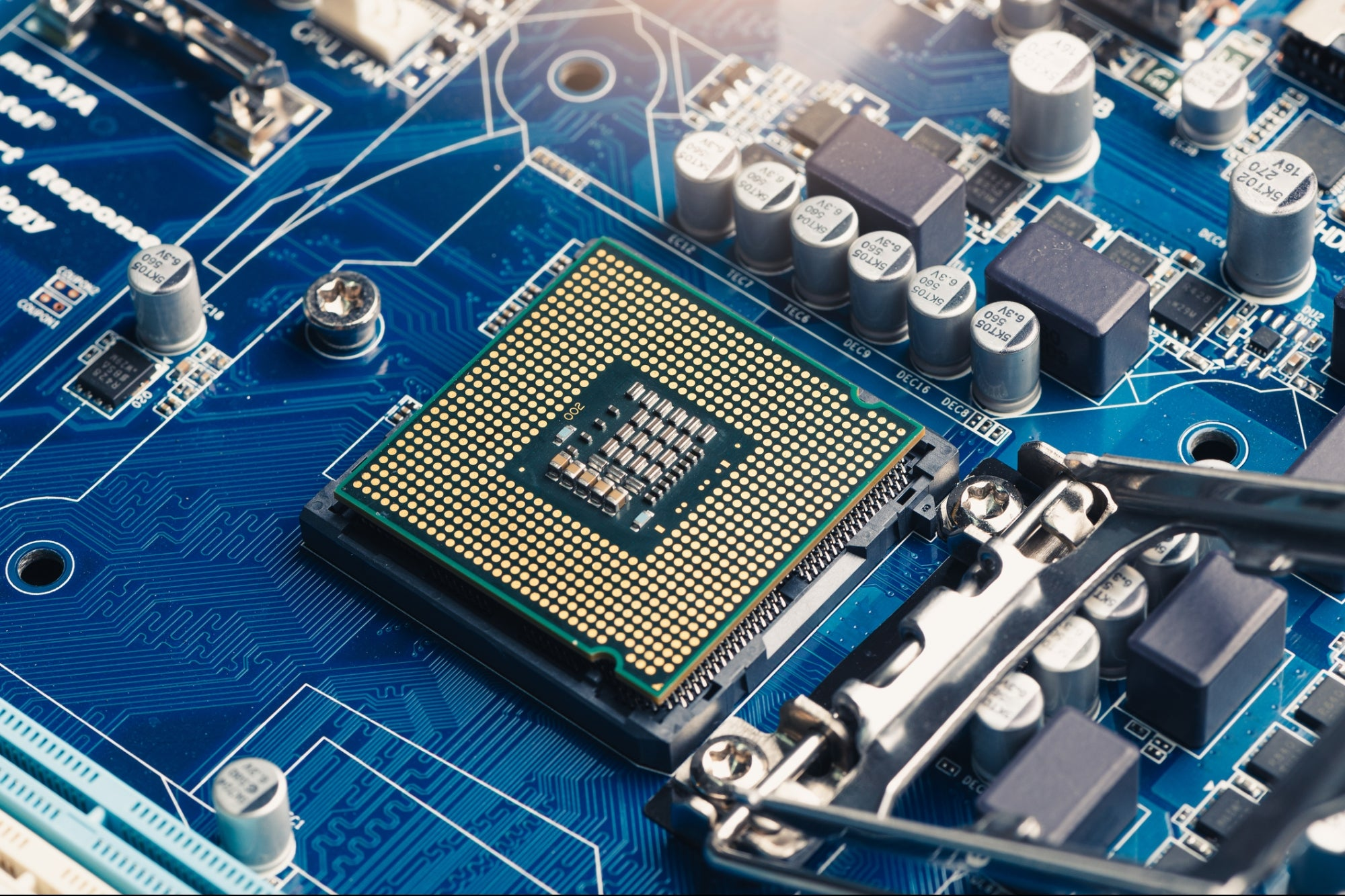 Global Semiconductor Chip Shortage Could See 'Painful Period' Extend Into 2022: Marvell CEO
