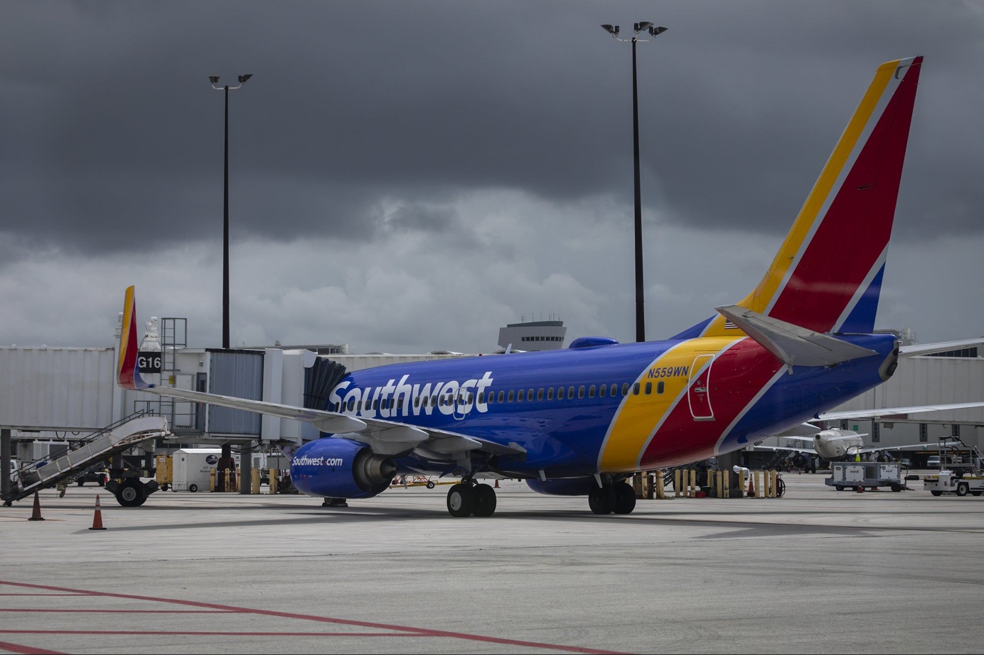 Disgruntled Customers Sound Off on Southwest Airlines Amid Cancellations, Claim No Refunds or Answers: 'This Is Entirely Self-Inflicted'