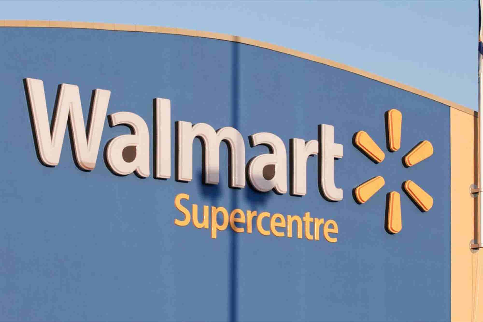 Wal-Mart Eats Humble Pie After Publishing 'Fat Girl' Halloween Costumes