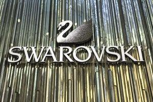 Swarovski is Advertising a $60 Crystal Bracelet on Craigslist's 'Missed Connections' Pages