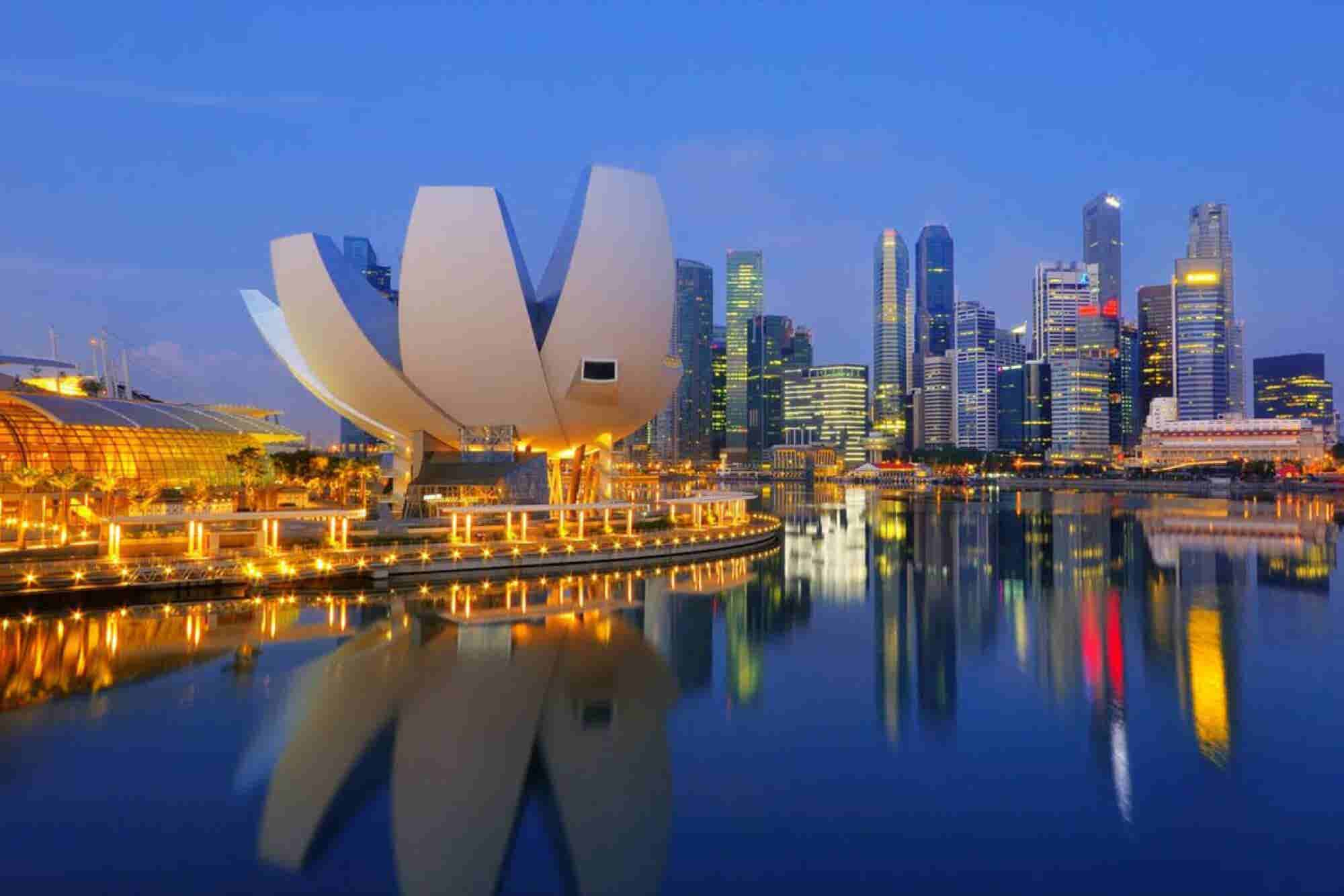 Developing Nations: Why Bahrain Should Not Follow The Singapore Model
