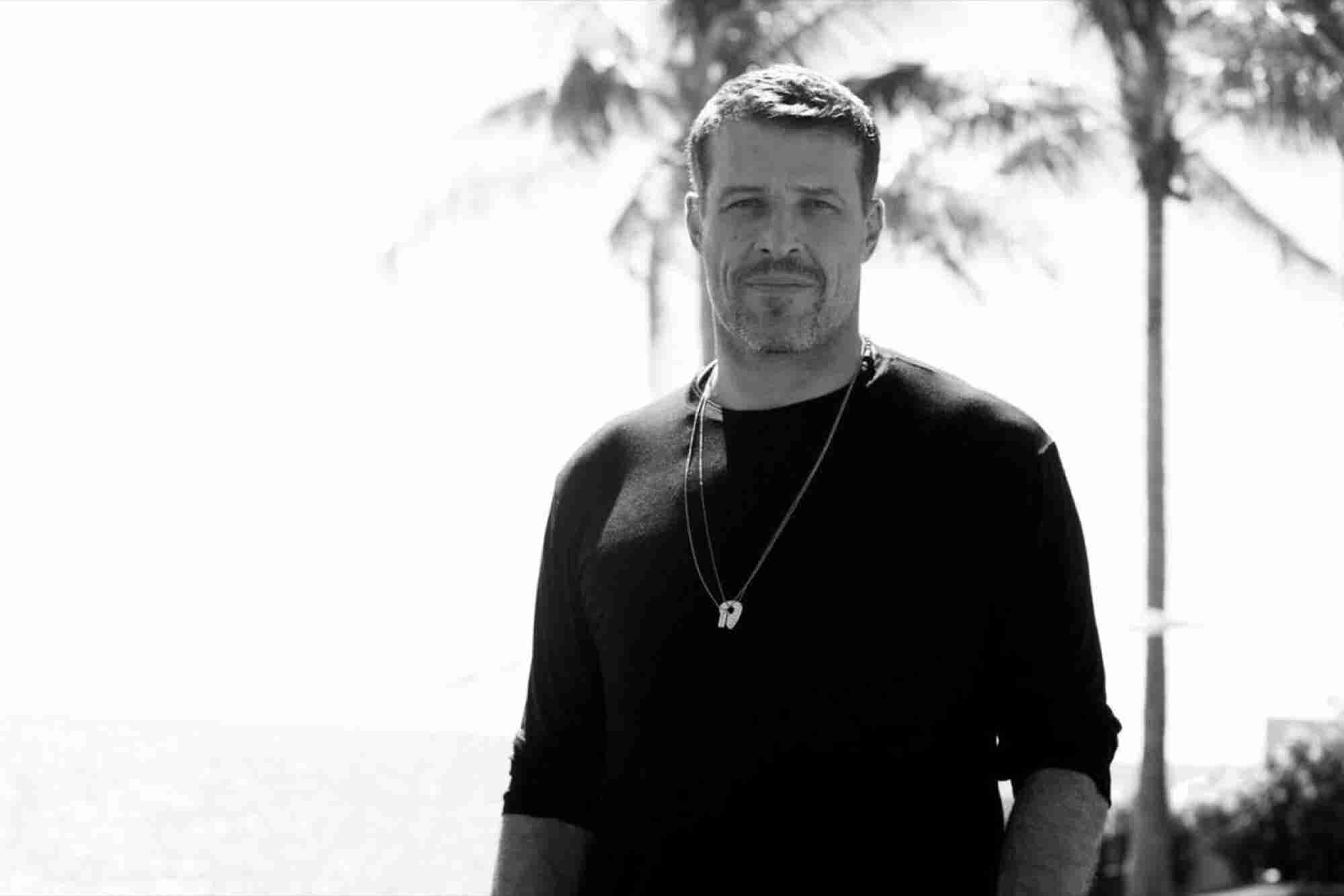 Tony Robbins: This Incredible Money Machine Works While You Sleep