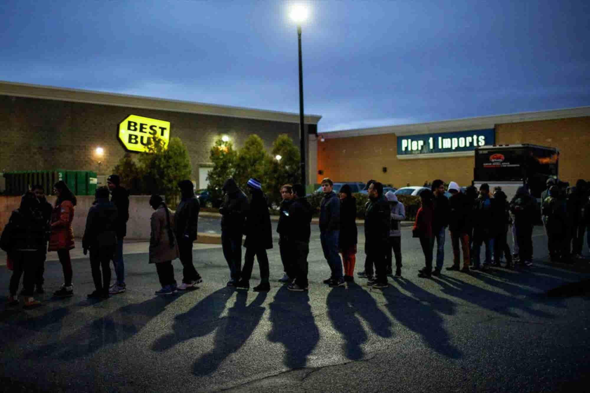 U.S. Holiday Weekend Store Sales Fizzle