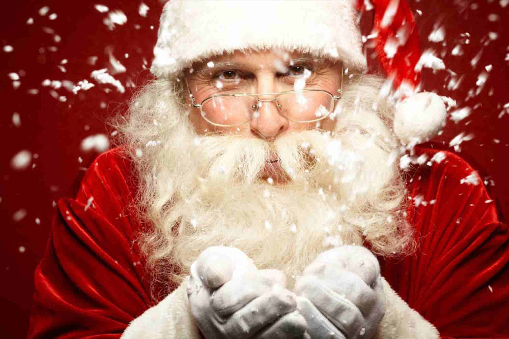5 Steps to Working a Holiday Party Like Santa