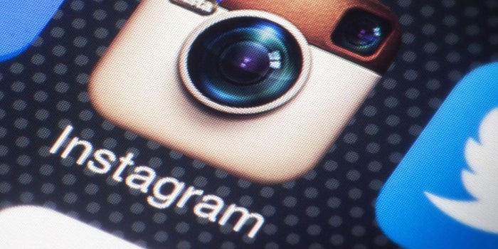 Oh, Snap! Instagram Has More Users Than Twitter.