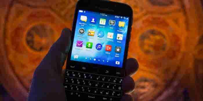 Despite Less Revenue, BlackBerry Turns a Small Profit