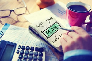Expert Advice: 10 Tips to Craft a Strong Business Plan