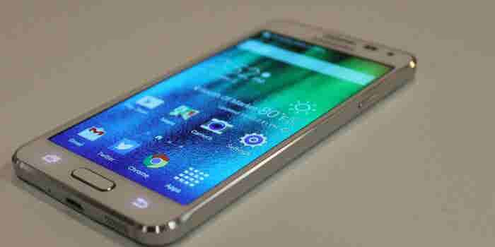 Samsung Reportedly Killing Galaxy Alpha Smartphone