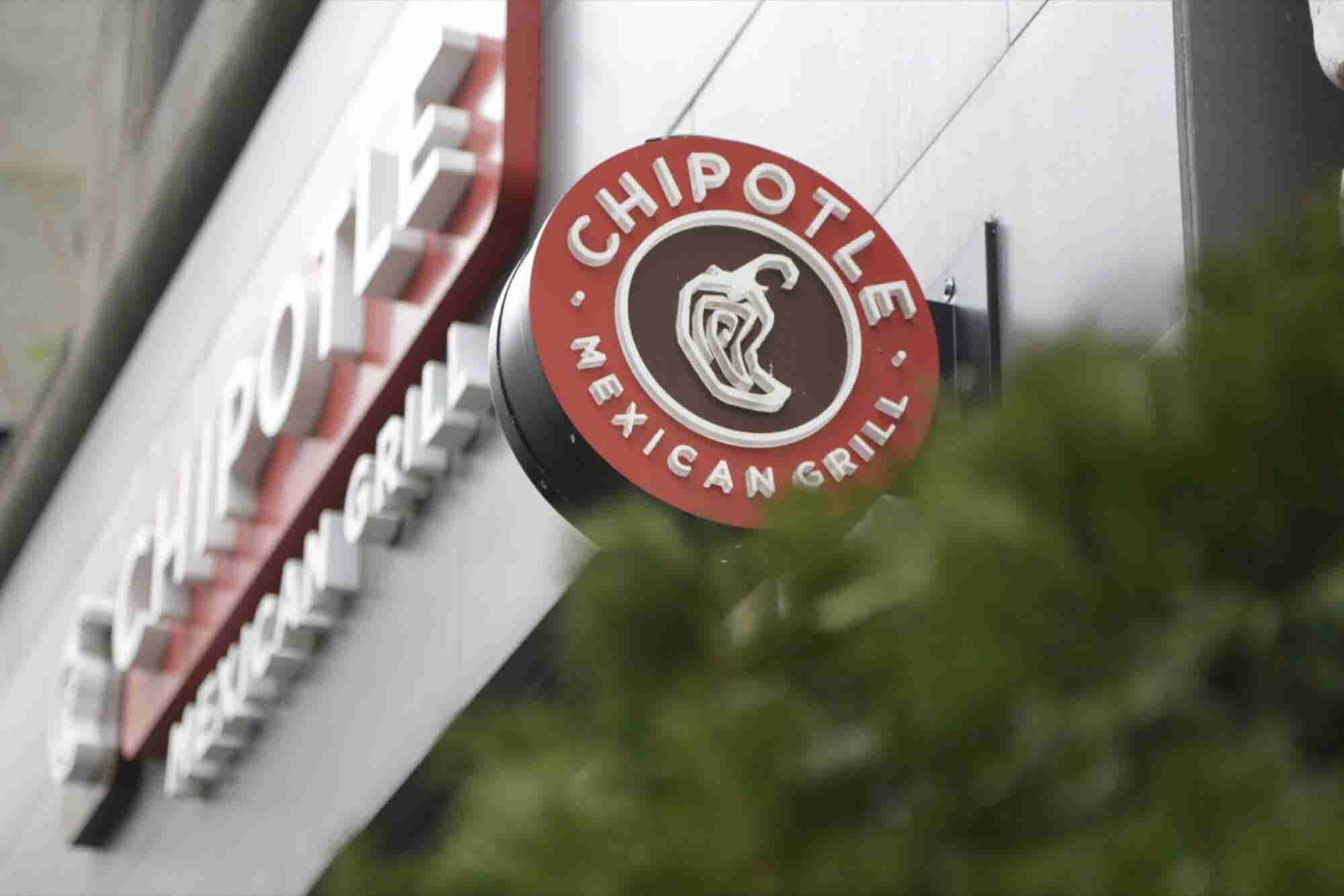 Chipotle Plans to Hire 4,000 New Workers in Just One Day