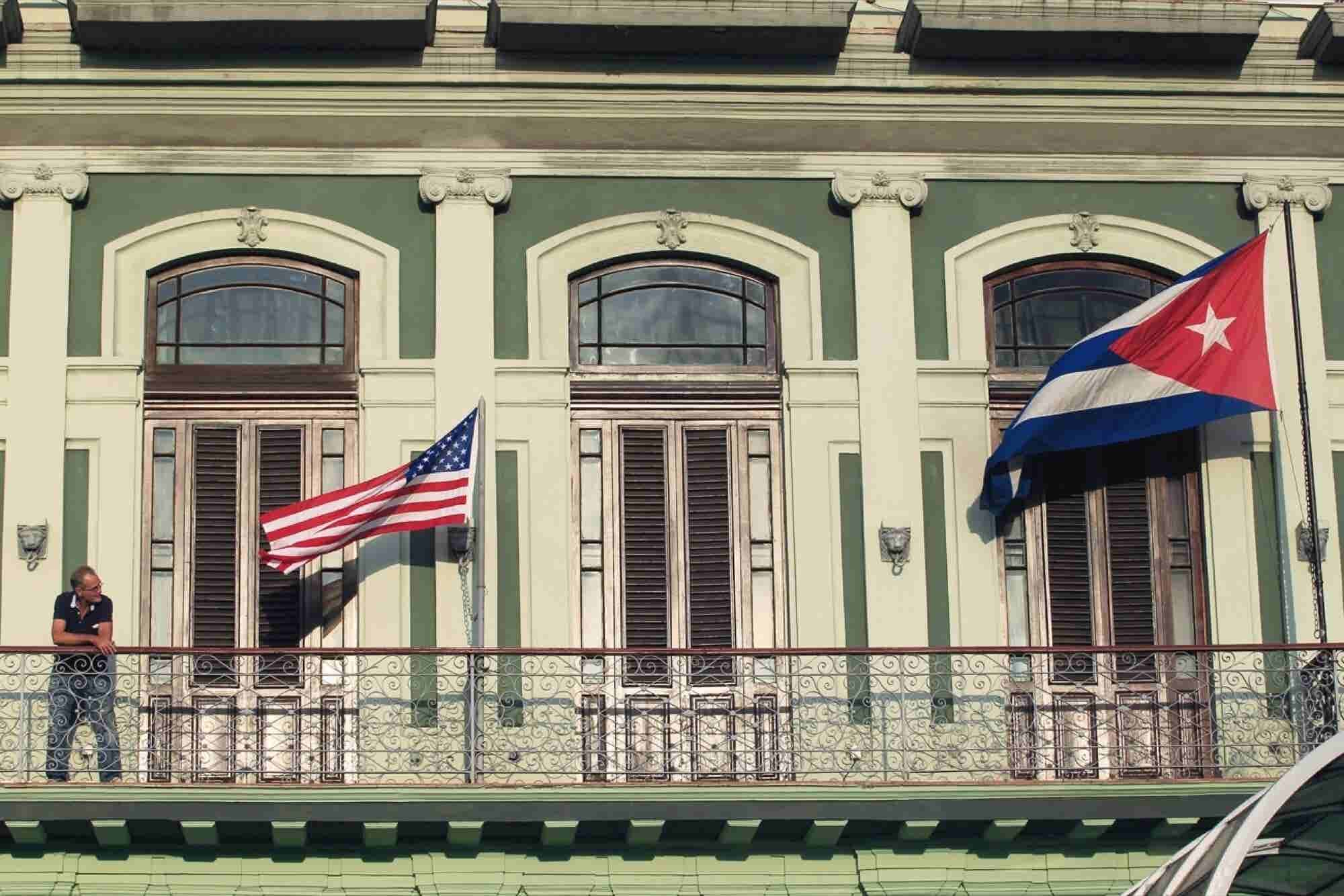 Starwood Signs First U.S.-Cuba Hotel Deal Since 1959 Revolution