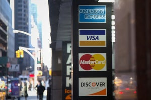 4 Things You Should Know About Business Credit Cards