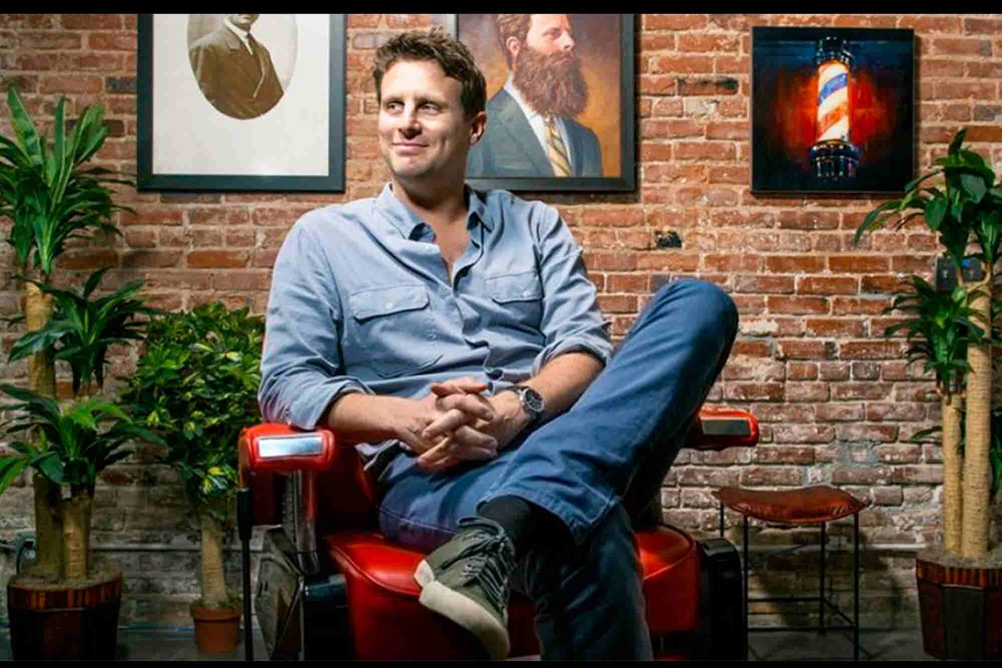 Adult Butt Wipes and Razors by Mail: How Dollar Shave Club Takes on the Big Companies