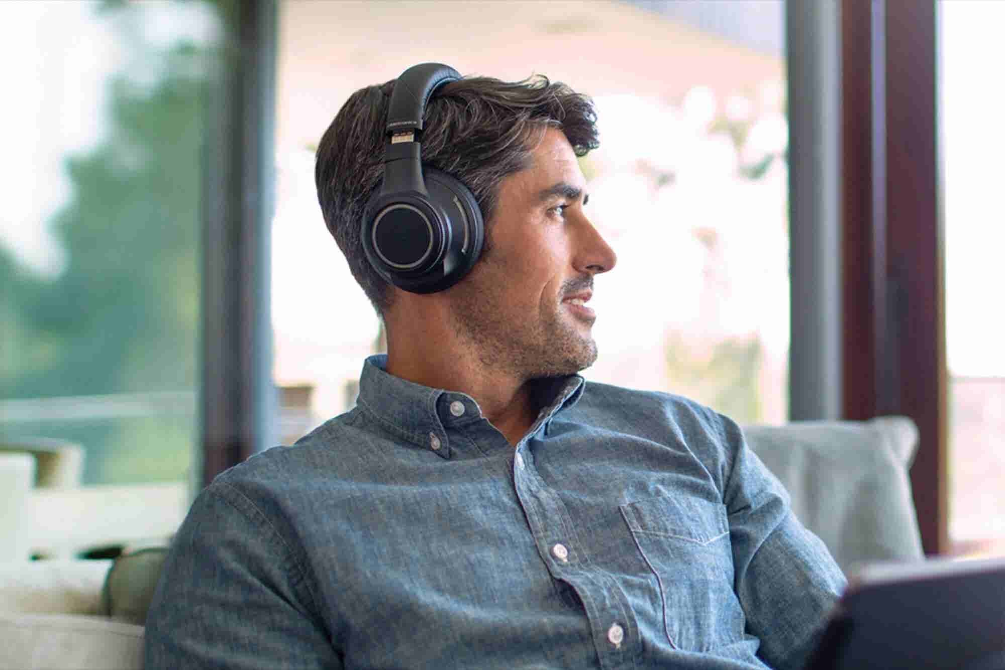8 Great Gadget Gifts for Entrepreneurs