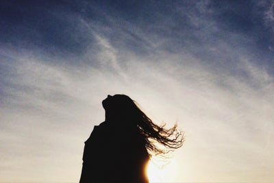 8 Steps to Move Away From the Past You Need to Leave Behind