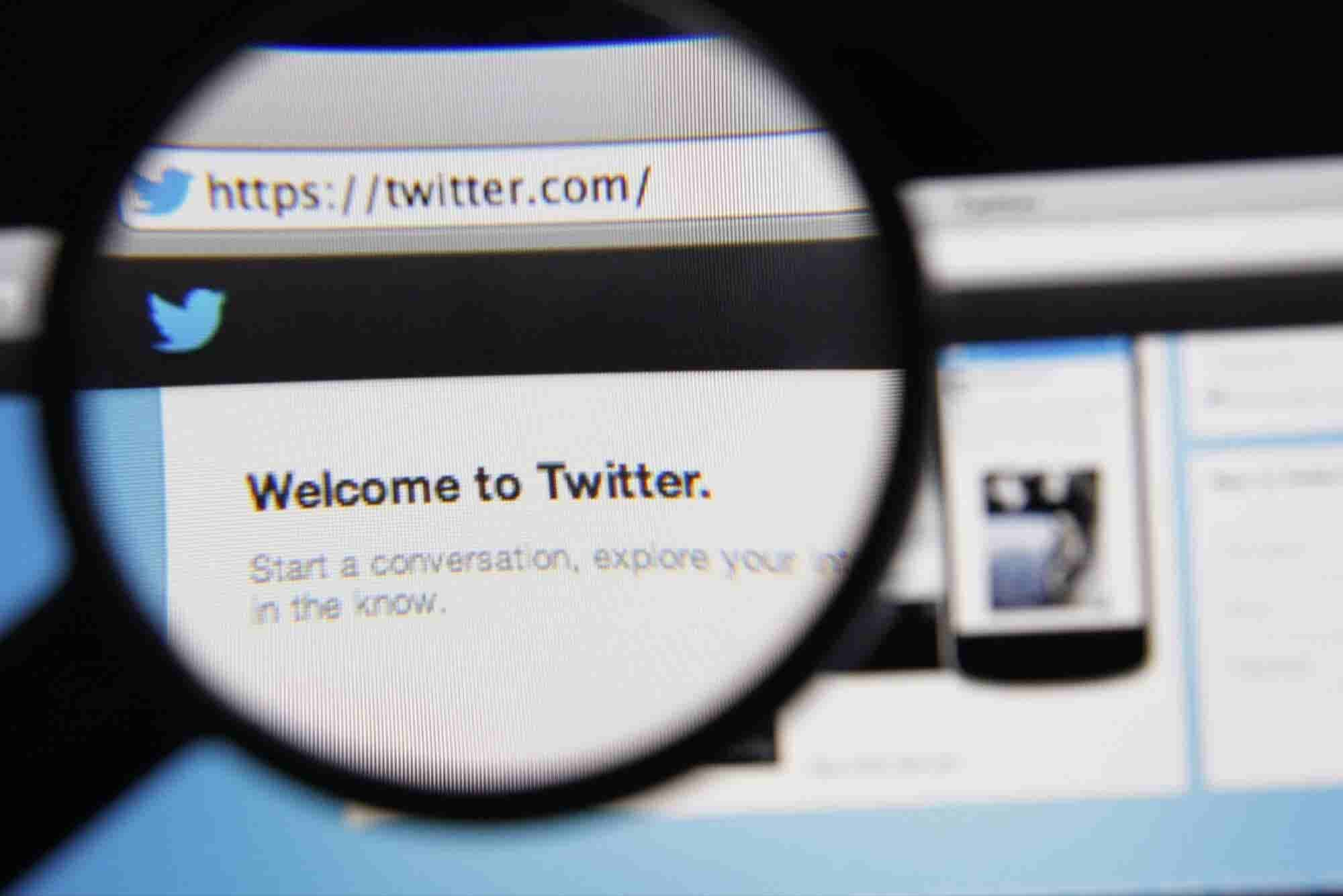 Twitter Celebrates Its 10th Anniversary -- Start Up Your Day Roundup