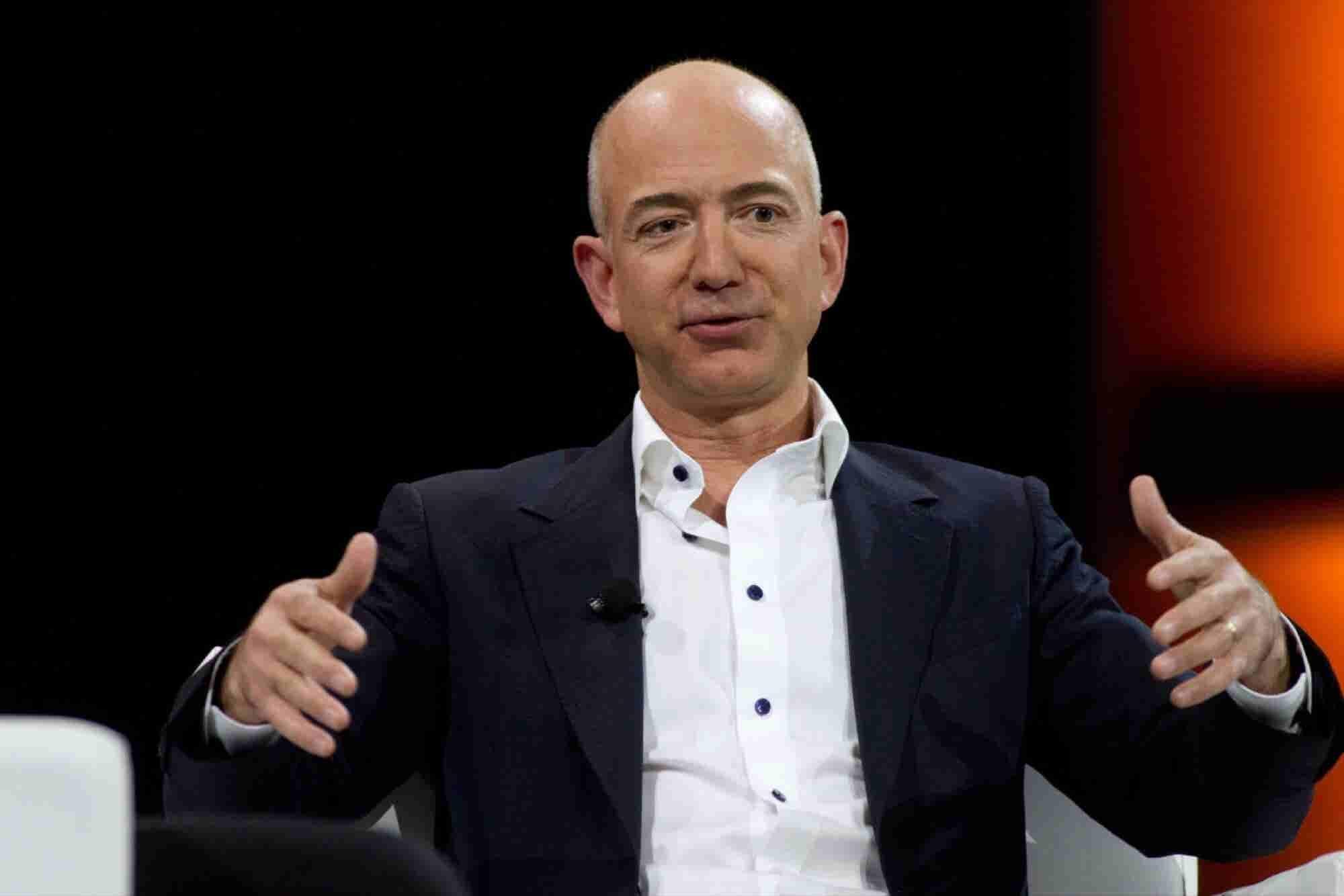 Jeff Bezos' Rocket Company Test-Flies Suborbital Spaceship