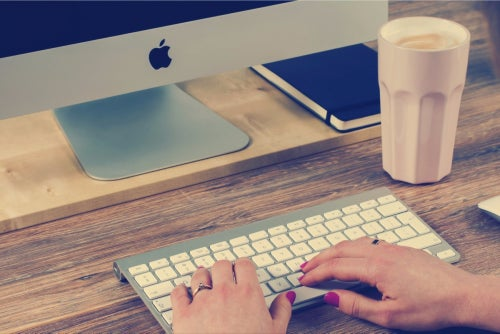 Write an App Store Description That Excites With These 5 Tips