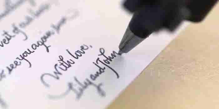 8 Tips for Penning a Thank-You Note That Will Be Treasured