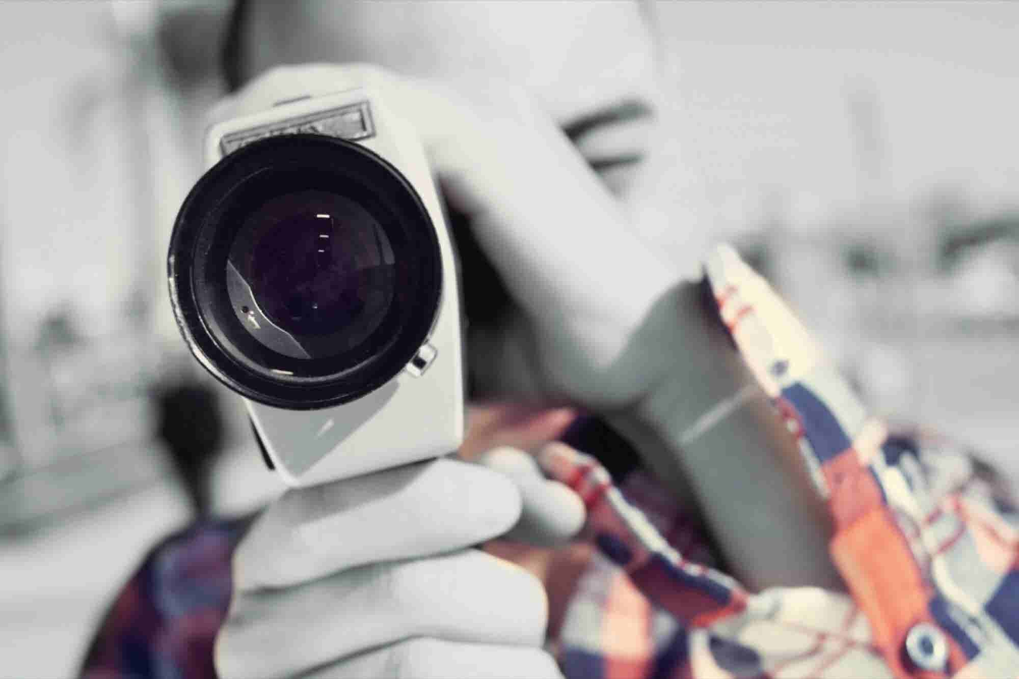 How to Start Using Explainer Videos (Infographic)
