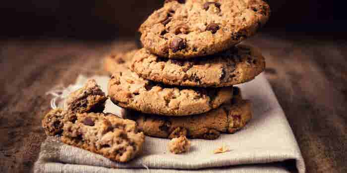How Eating Chocolate Chip Cookies With My Dad Taught Me to Analyze Business