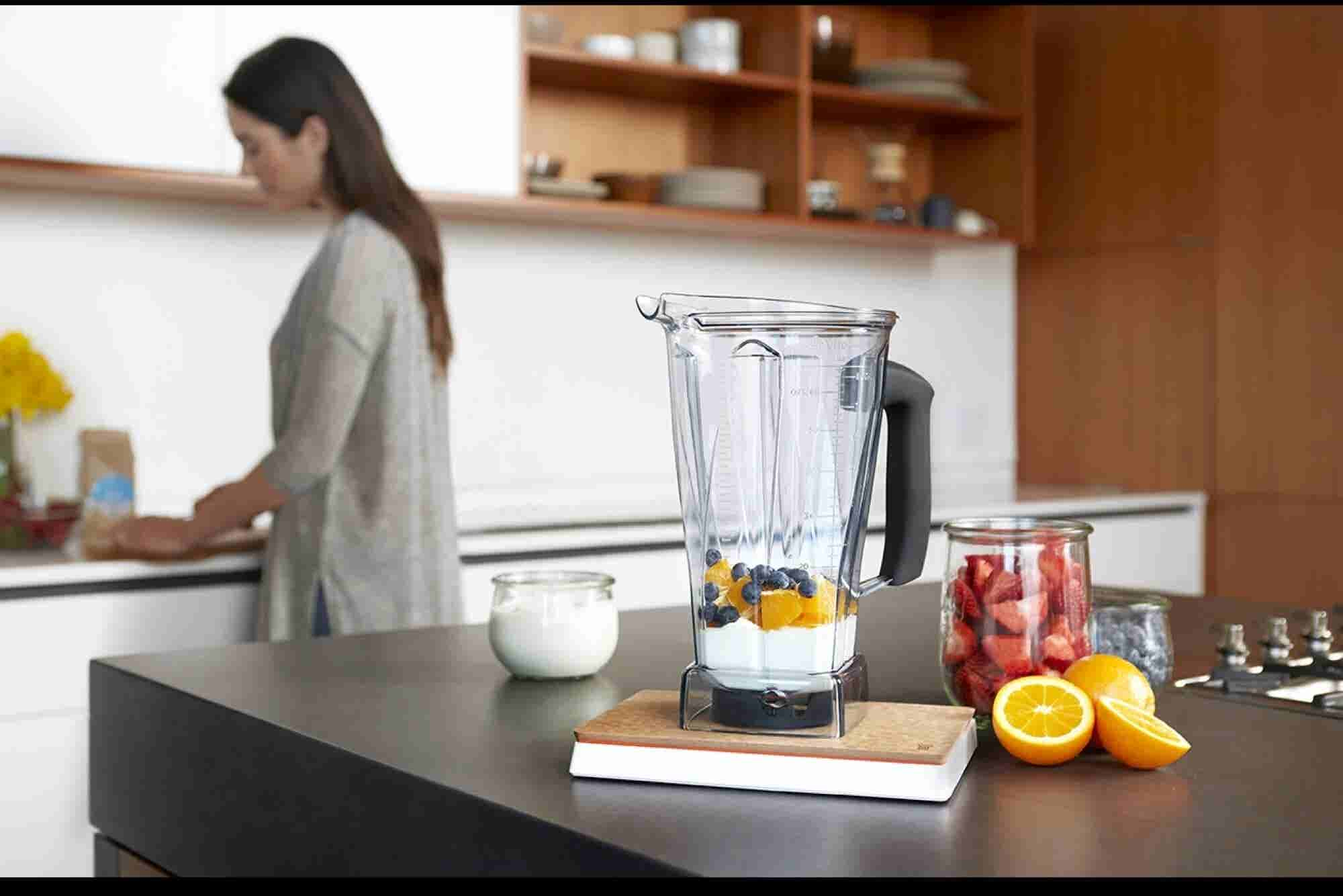 This Gadget Makes Your Entire Kitchen 'Smart'