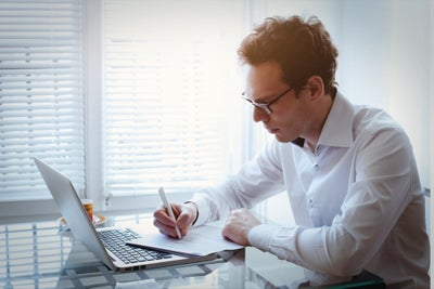 5 Huge Resume Blunders -- and How to Avoid Them
