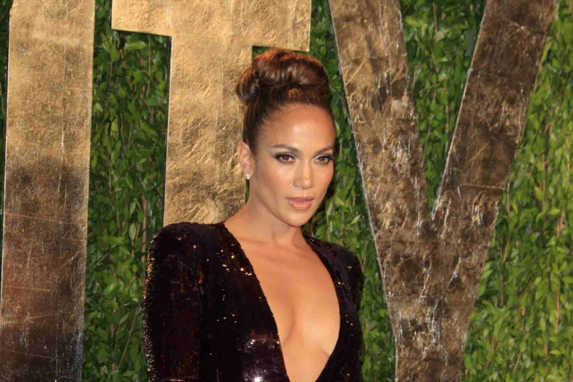 Jennifer Lopez Makes a Sales Pitch to Silicon Valley
