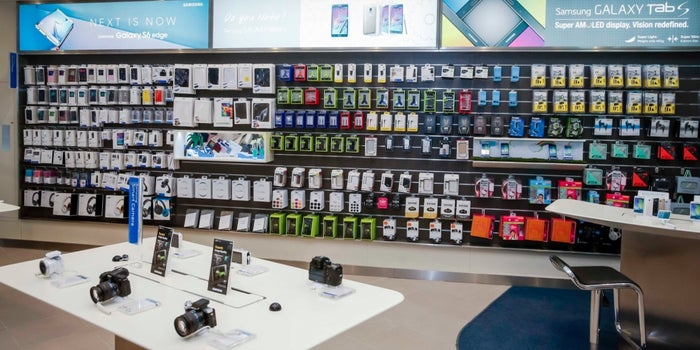 Samsung Opens First Experience Store In The UAE