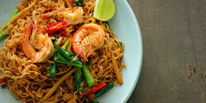 Travelling to Asia? Don't Miss These Delicious Dishes (infographic)
