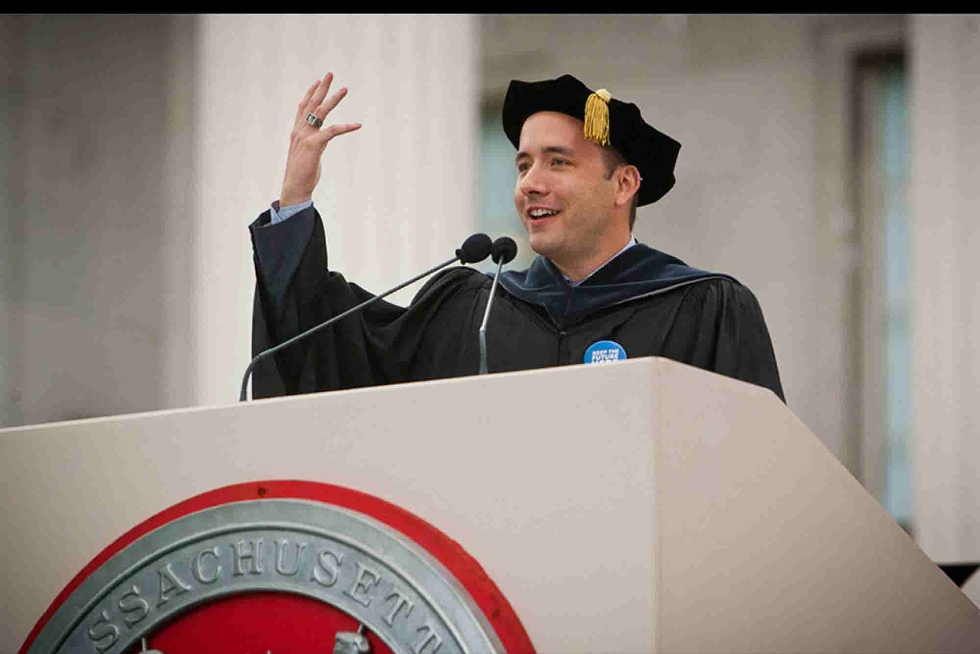 8 of the Greatest Commencement Quotes From Business Leaders