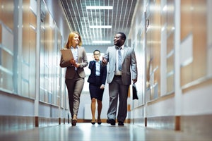 Be an Outstanding HR Professional with these 7 Tips