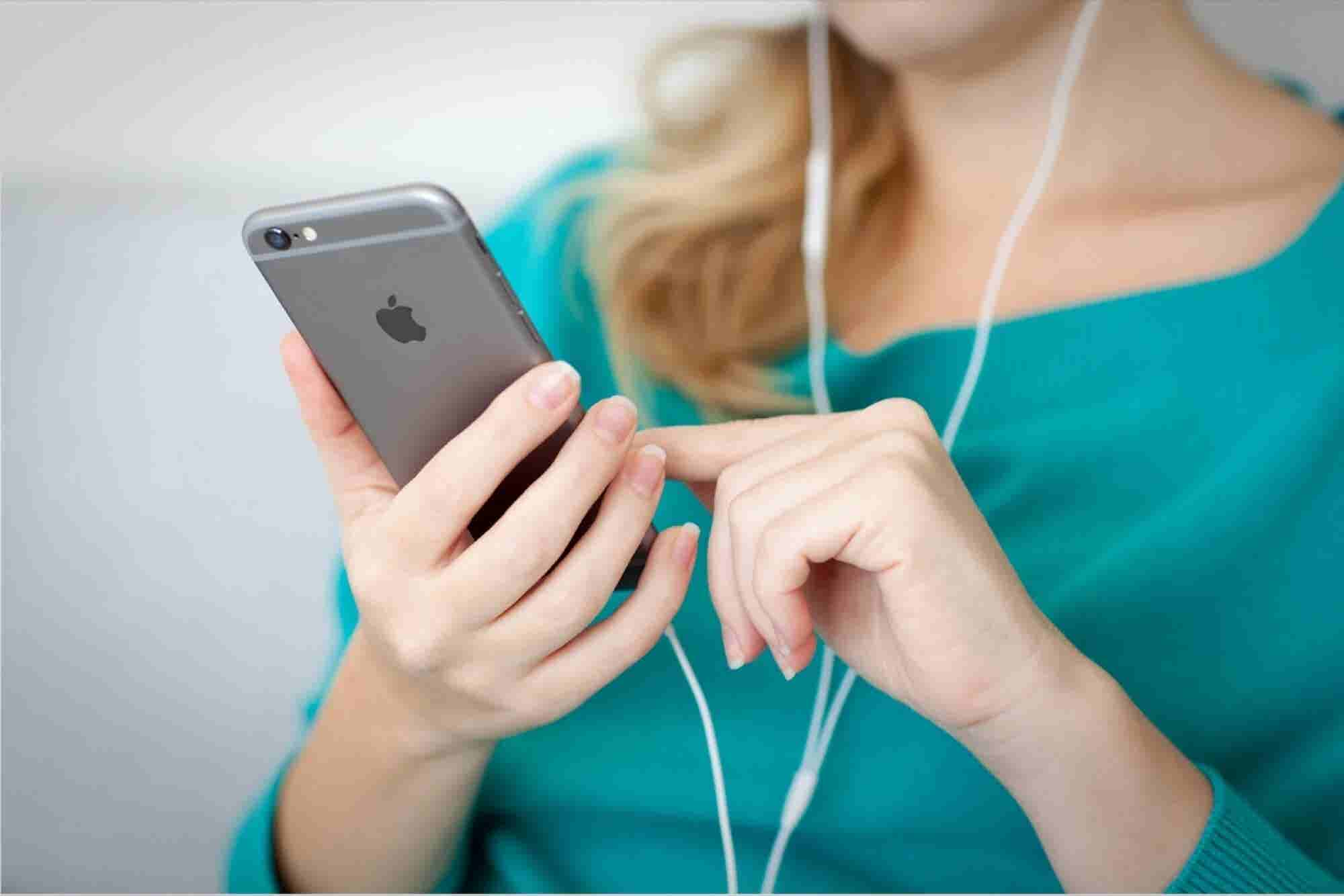 13 Fun Things You Didn't Know Siri Could Do