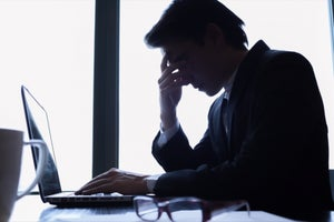 Four Ways To Pull The Plug On The Negative Effects Of Workplace Stress