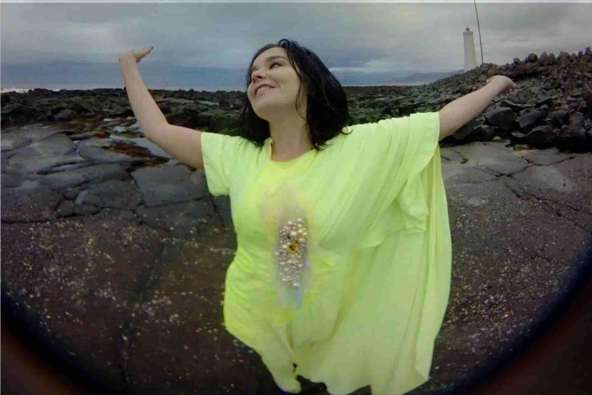 WATCH: Björk's New Music Video Is a Dazzling Harbinger of VR Technolog...