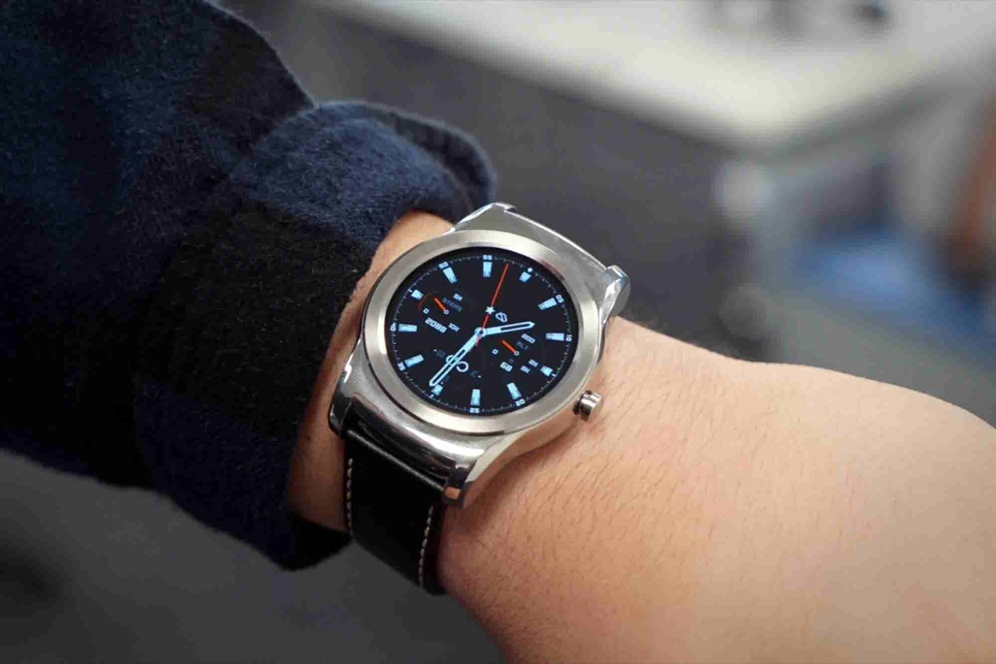 LG Watch Urbane Review: Is This the Best Android Wear Device?