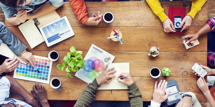 4 Ways Companies Foster Productive Co-Worker Friendships