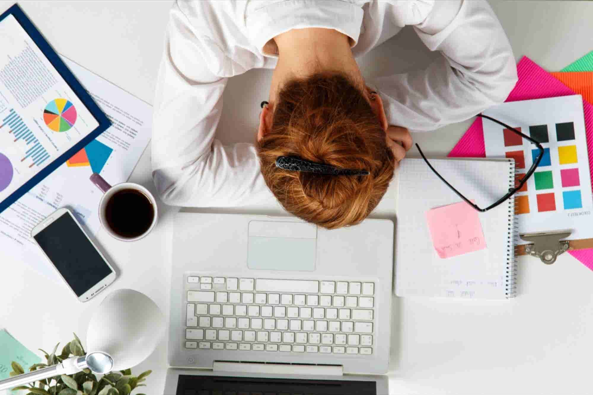 Let's Stop Fetishizing Entrepreneurs' Hours