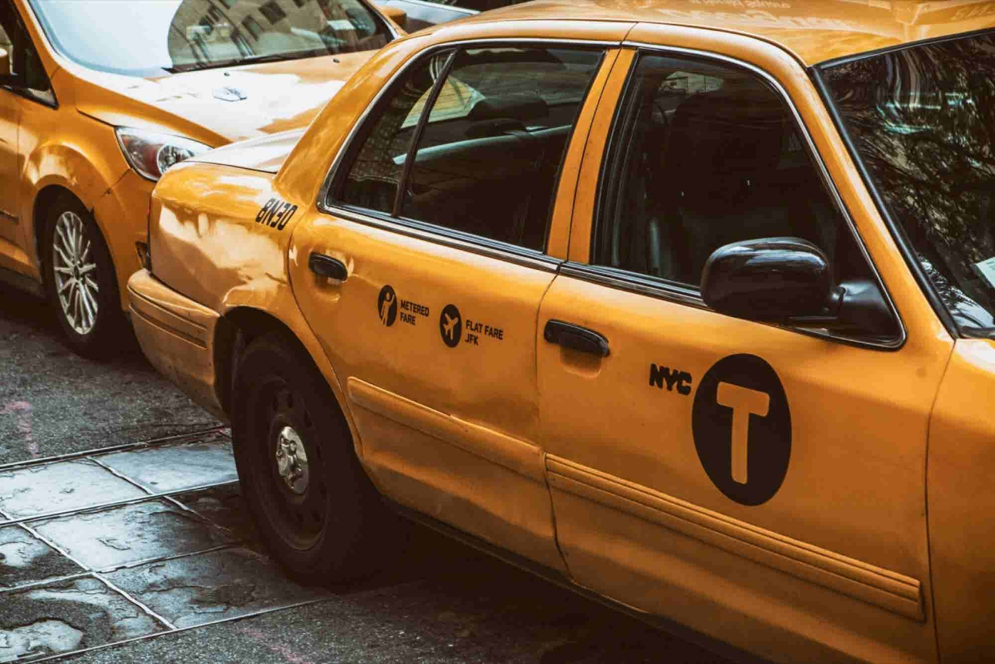 Uber Competitor GrabTaxi Raises More Than $350 Million