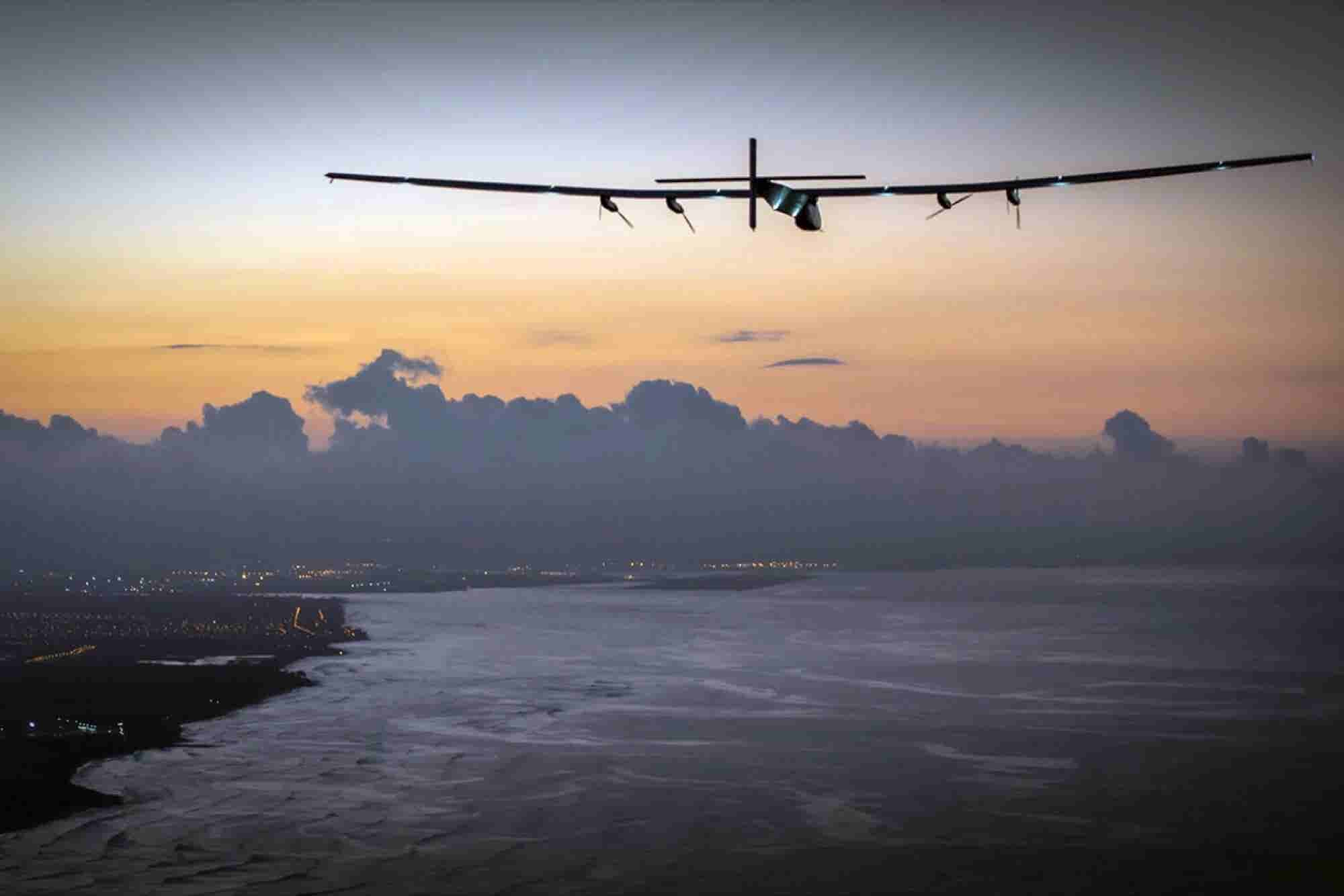 Solar-Powered Plane Halts Its Around-the-World Journey Due to Battery Problems