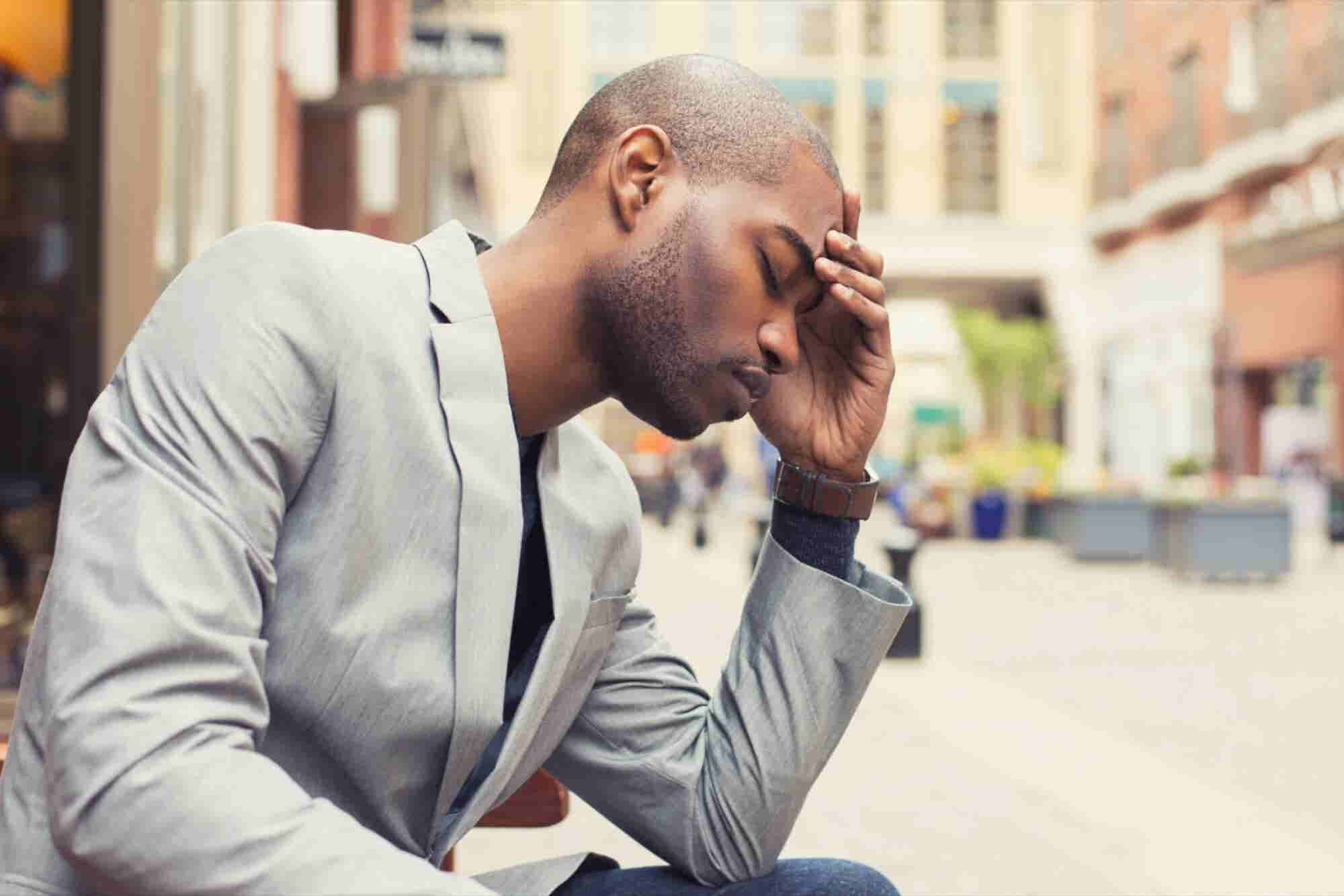 6 Ways to Curb Jet Lag and Travel Fatigue