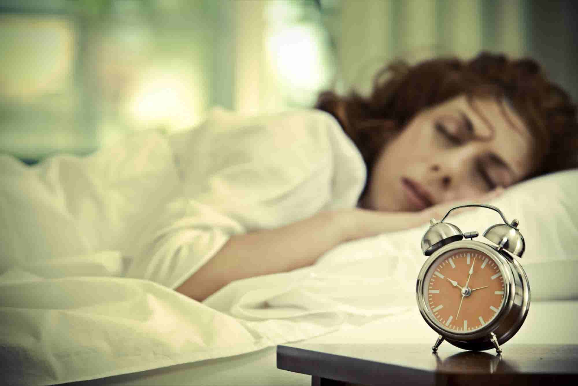 Guys, Women Really Do Need More Sleep Than You